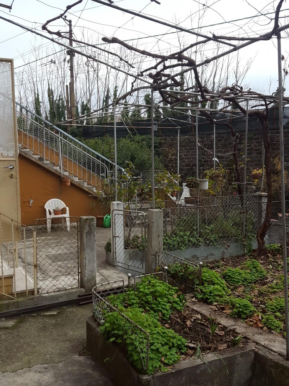 Casetta Con Giardino A Trieste Casetta Con Due Appartamenti E